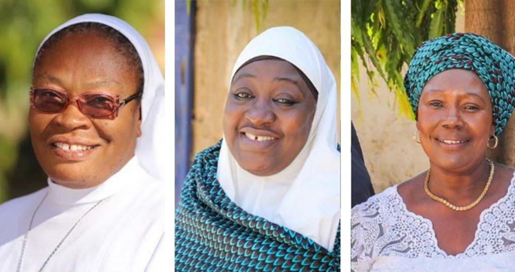 Seit 2019 leitet die nigerianische Ordensschwester Veronica Onyeanisi OLA (l.) die interreligiöse Initiative Women's Interfaith Council (WIC). Zusammen mit der Muslimin Hajiya Amina Kazaure (m.) und der Christin Elizabeth M. Abuk (r.) organisiert sie Foren, in denen sich christliche und muslimische Frauen regelmäßig begegnen und gemeinsame Aktivitäten unternehmen.